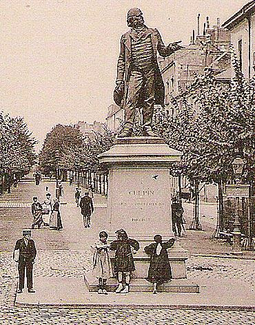 Statue du Docteur Guépin